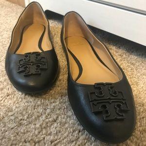 TORY BURCH FLATS - LIKE NEW! Black - Size 10